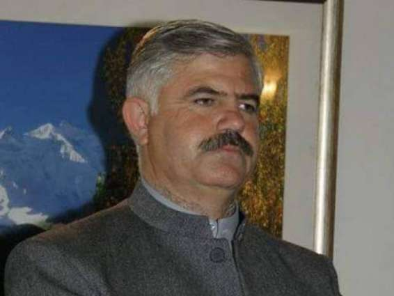 KP Sports Minister distributed cash of Rs 0.2 mln among needy players