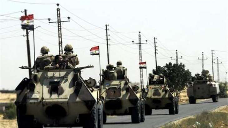 Assailants kill five Egypt soldiers in Sinai: army
