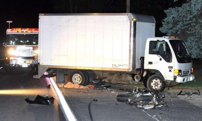 مظفر گڑھ ، ٹرک دی موٹر سائیکل کوں ٹکر،3 بھرا جاں بحق، بھینڑ زخمی