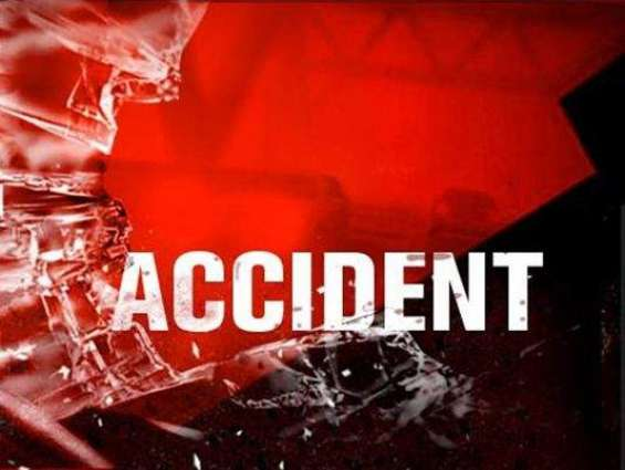 Two killed, three injured in accident