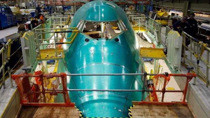 Boeing sees higher 2017 plane deliveries as earnings jump