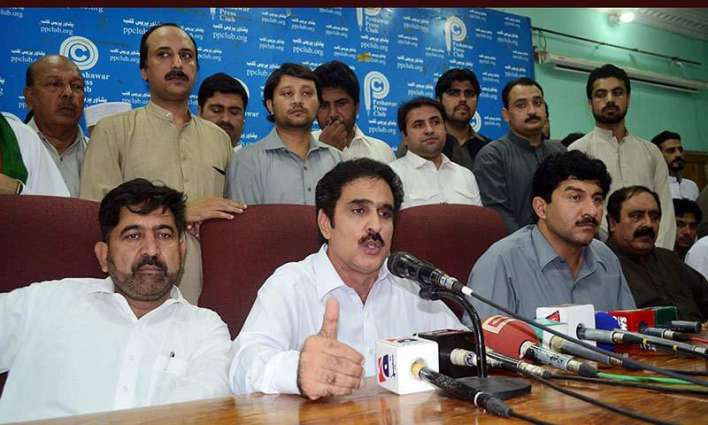 JI, PPP MPAs exchange verbal clash in KP PA