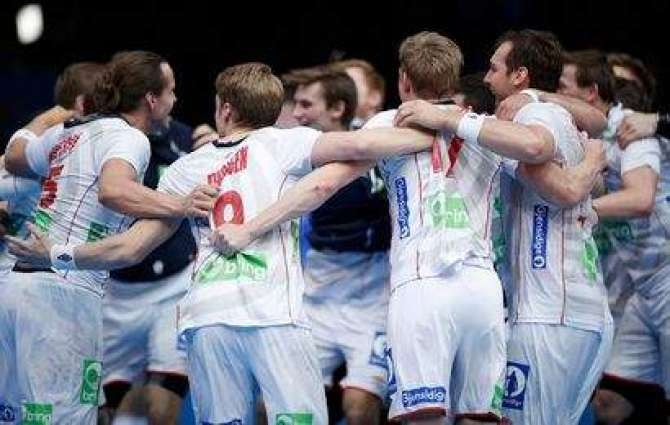 Norway in world final after extra-time win