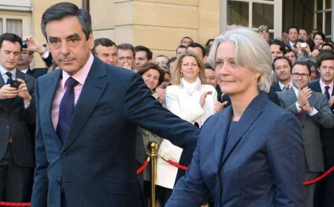 France's Fillon, wife questioned in 'fake job' probe: sources
