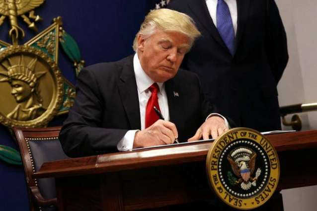 US state of Washington files suit against Trump travel ban