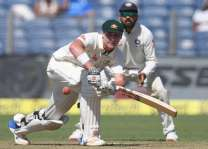 Cricket: Renshaw, Starc revive Australia in India Test