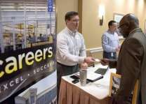 US jobless claims steady in third week of February