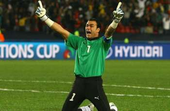 Football: El Hadary spat causes storm in Egypt