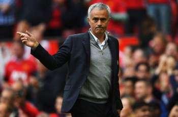 Mourinho demands United trophy charge