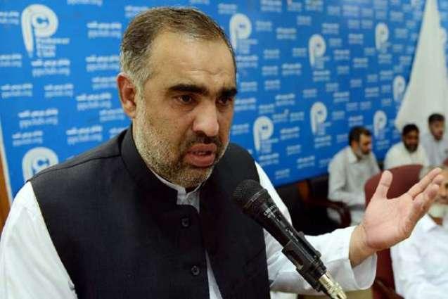 KP PA Speaker pays surprise visit to HMC