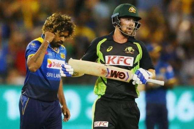 Sri Lanka beat Australia off last ball to win first T20
