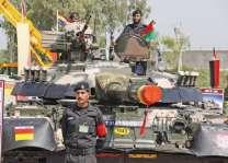 القوات المسلحة الباكستانية تقوم بالعرض العسكري الخاص بمناسبة يوم باكستان