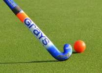 US CG holds female field Hockey event