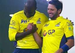 Afridi acknowledges Sammy for visiting Pakistan