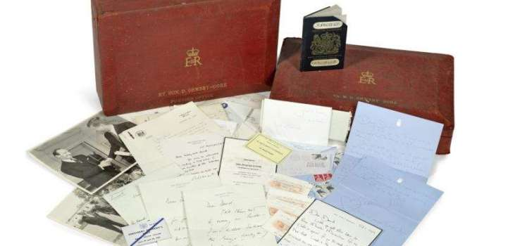 Jackie Kennedy's intimate letters with UK diplomat sold at auctio ..
