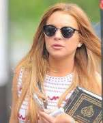 Lindsay Lohan quotes Prophet Muhammad (PBUH) on Women's day