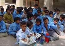 پنجاب حکومت دا سکولاں وچ ڈراپ آﺅٹ نوں کنٹرول کرن لئی بالاں نوں دُدھ تے بسکٹ دین د افیصلا