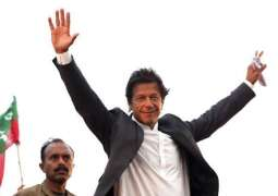 Imran Khan to get ministry and wife in 2018: Astrologist