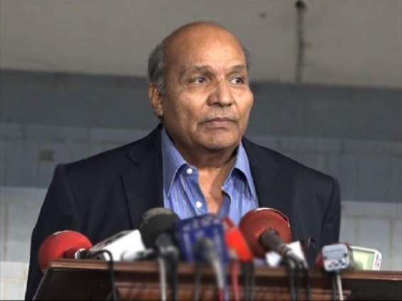 Misbah-ul-Haq, Younis Khan should be a part of PCB: Intikhab Alam