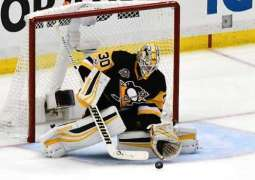 NHL: Defending champion Penguins move one win from finals