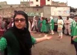 پاکستان دی روبن ہڈ آرمی: کھانے نوں ضائع ہون توں روکن تے بھکھیاں نوں روٹی کھوان وچ اگے اگے