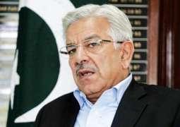 وزير الدفاع الباكستاني: القوات المسلحة الباكستانية قادرة تماما على الدفاع عن الوطن