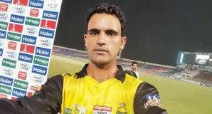 رئيس حزب الرابطة الإسلامية جناح ن لإقليم خيبربختونخا يهنئ فخر الزمان لاعب في فريق الكريكيت الباكستاني