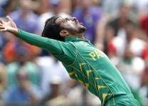 نوجوان پاکستانی فاسٹ باؤلر حسن علی دے ستارے عروج تے دنیا بھر دیاں کئی ٹی ٹونٹی لیگز سمجھوتے کرن دیاں خاہشمند،بی پی ایل دی کیئربیئن ٹی ٹونٹی لیگ نال وی سمجھوتا ہو گیا