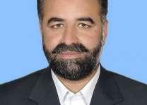 رئيس هيئة الأركان المشتركة الأردنية يلتقي رئيس الوزراء الباكستاني