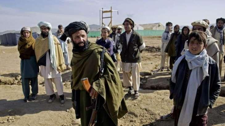 مقتل وإصابة 28 عامل جراء انفجار عبوة ناسفة بشمال غرب باكستان