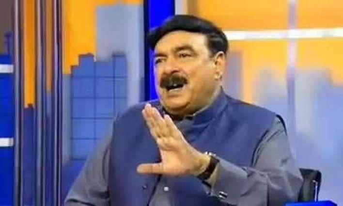 شیخ رشید دے اکاؤنٹ وچ مہینے پچھوں وڈی رقم آؤندی اے، شیخ رشید عمران خان دا مخبر اے: حنیف عباسی