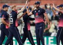 Cricket: West Indies 204-9 against England