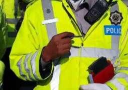 پشاور: ٹریفک پولیس نے صوبائی وزیر ایکسائز میاں جمشید کاکاخیل دی گڈی دا چالان کر دتا