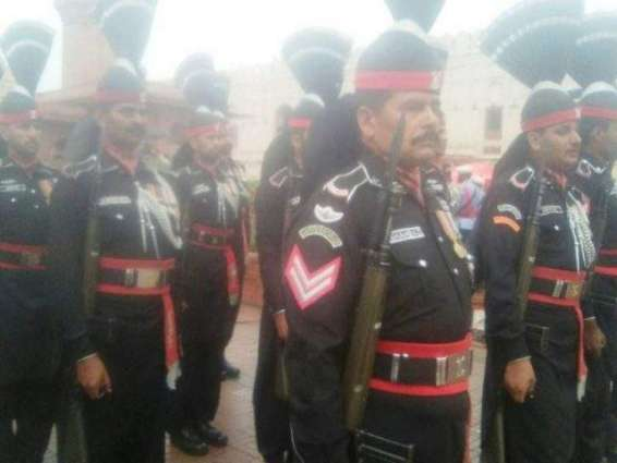 Change Of Guard Ceremony At Mazar E Iqbal Pakistan Point