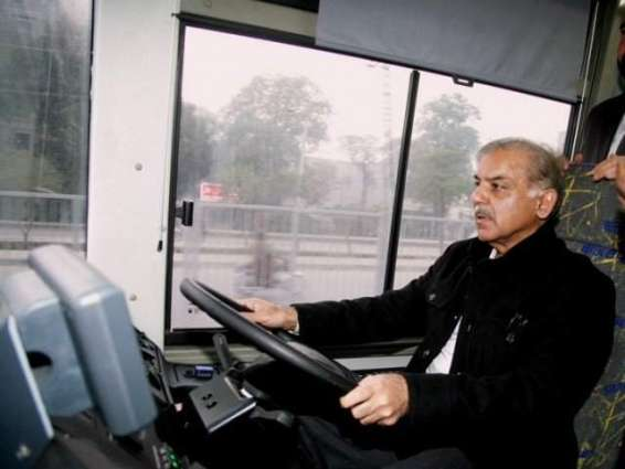 وزیر اعلا پنجاب دا ڈی جی خان تے مظفر گڑھ وچ وی میٹرو چلان دا اعلان