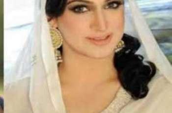 اداکارہ نور نے شوبز دی دنیا چھڈ کے اسلام مطابق زندگی گزارن دا فیصلا کر لیا