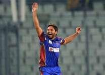 شاہد آفریدی ٹی ٹونٹی کرکٹ وچ پاکستان ولوں سبھ توں ودھ وکٹاں لین والے بلے باز بن گئے