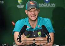 Australia quicks 'more nasty than Johnson', says Smith