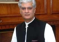 د نواز شریف مائنس کولو خبرې كونكي پخپله مائنس شوي، سناتور آصف کرماني