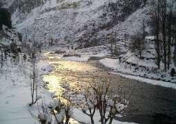 Kaghan, Naran receive snowfall