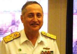 Naval Chief visits forward posts in Creeks area