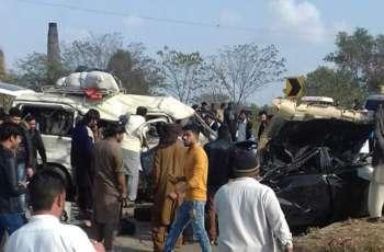 کولمبیا اچ بس حادثے پاروں 14 بندے ہلاک