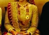 مشہور اینکر پرسن عائشہ خالد دا ویاہ ہو گیا