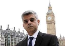 لندن دے پہلے مسلمان میئر صادق خان نے اپنی پسند دے پاکستانی کرکٹرز دے ناں دس دتے