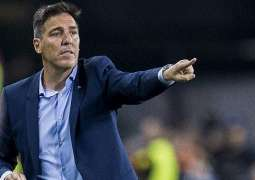 Football: Sevilla's Berizzo returns after cancer operation