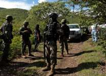 32 bodies found in mass graves in rural Mexico