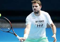 Tennis: Wawrinka wins first match back after knee surgery