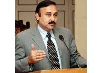 سیکٹر آئی 12 ءِ تہ دیمرئی کار یک سالءِ تہ سرجم بنت،وزیر مملکت برائے کیڈ ڈاکٹر طارق فضل چوہدری