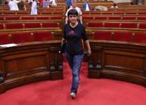 Spain court orders arrest of Catalan separatist in exile