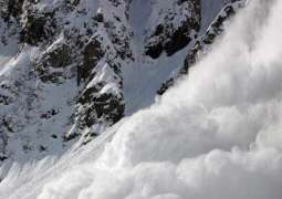 Three Indian Army soldiers killed in Avalanche  in IHK